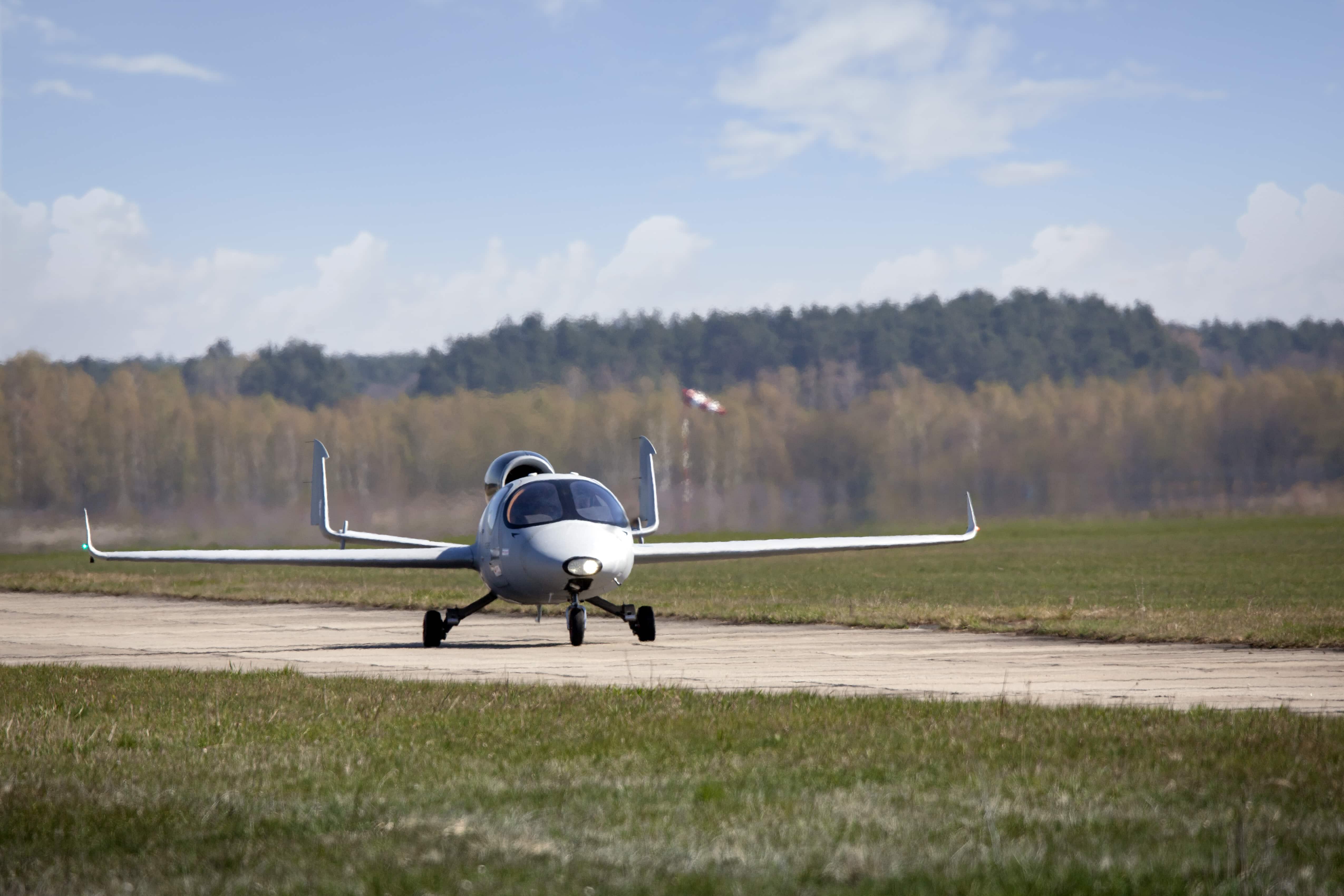 FLARIS LAR1 first flight
